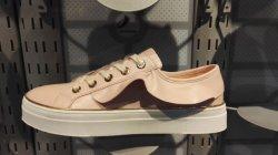 La moda de marca de zapatos de skate para chicas