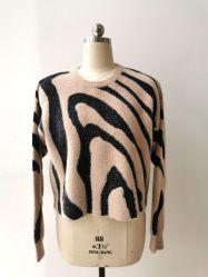 Winter-Form-Pullover-Strickjacke der Frauen mit Zebra-Muster