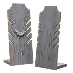 منصة عرض مجوهرات خشبية معدة من الجراد الحلقي الخشبي حامل قلادة من خلال منصة عرض مجوهرات النوافذ