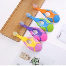 2021 Niños personalizado Inicio Cepillo de dientes suave o viajes uso Oral mantener sano con apariencia encantadora