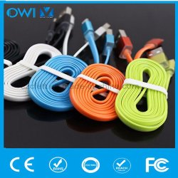 Cinco colores del cargador y transferencia de datos USB cable plano para iPhone