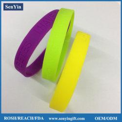 Estilo Pulseiras de pulso baratos pulseira de silício OEM Debossed pulseira de silicone