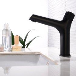 最新の様式の単一のレバーの単一のハンドルの単一の穴の固体黄銅の磨かれたクロム洗面器のコックの贅沢な洗面器の混合弁