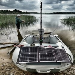 Pannello solare pieghevole da 150 W, caricabatterie portatile da 18 V/5 V, doppia USB Power Bank impermeabile all'aperto per telefono PC Car RV Boat