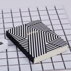 ホットセリングオフィスサプライブラック & ホワイトデザインハードカバーケース ノートブック Instagram にバインド