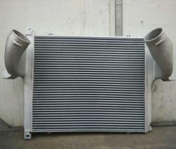 Per intercooler aria per veicoli Mercedes Benz Actros OEM 94250103011/9425010001 1996-2002