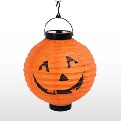Lanterna con gli indicatori luminosi del LED, lanterna della zucca, lanterna di carta di Halloween