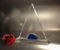 De Trofee van het kristal in de Vorm van de Driehoek, de Toekenning van het Kristal, de Trofee van het Kristal, het Kristal van China, K9 Kristal, het Glas van het Kristal, de Giften van het Kristal