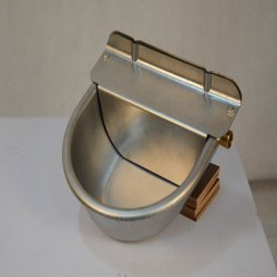 Aço inoxidável ajustável taças de vaporização de água de ovinos da válvula de Flutuação 2L