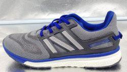 نمط رجال حارّ وقت فراغ يبيطر رياضة حذاء رياضة حذاء