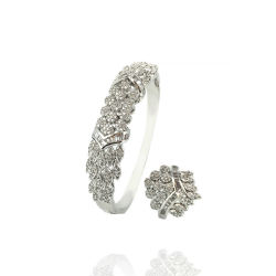 Les femmes douces Bangle Bracelet bijoux de mode de luxe Brassard Lady Don