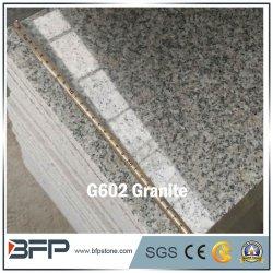 Punti grigi nuvolosi del granito più poco costosi G602 per la scala di pietra esterna del granito