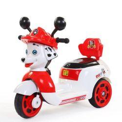 車の音楽ライト子供の乗車の中国の子供の電気オートバイ