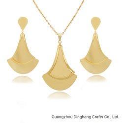 Electroforesis Electroplate & Matt Ax-Shape aretes de oro Vaciar Colgante Collar Conjunto de bisutería