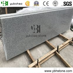 床タイルのための自然な安く炎にあてられるか、またはポーランドまたはBushhammered G603の花こう岩の平板か壁またはフロアーリングのペーバーまたは壁のCladiingのタイルかカウンタートップ
