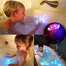 Светодиодные лампы Bathtup по итогам ванной игрушки проблесковый маячок