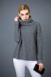 赤ん坊ウール、ヤク及びTurtleneck Fashion Sweaterカシミヤ織の混合された女性の