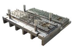 На заводе производителя пресс-форм среза перфорирование умирают металлические тиснение инструментальной плиты