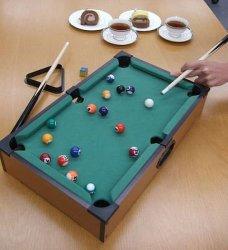 لعبة الطاولة الصغيرة لعبة لعب الأطفال الكرة لعبة هدية مصغرة بلياردو بلياردو بلياردو