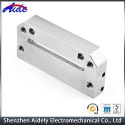 Commerce de gros CNC en aluminium à usinage des pièces de machine à coudre industrielles