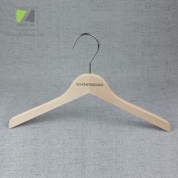 عادة وسم ملابس متجر يستعمل خشب الزّان طبيعيّ خشبيّة أعلى/[كت هنجر]