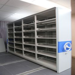 普及したボックス様式のアーカイブの移動式棚付け