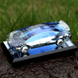 装飾かGifts Souvenirs Fashion Crystal Glass Car Model