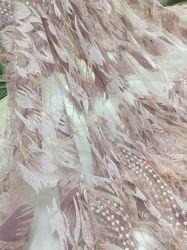 Hot Sale broderie dentelle Tissu avec paillettes et de plumes