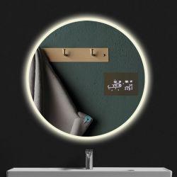 مرآة مرآة مثبتة على الحائط مزودة بإضاءة LED باللون السحري
