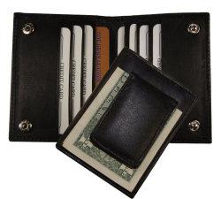 حامل بطاقة العمل هو حامل بطاقة التعريف بالإشارات المالية المغناطيسية