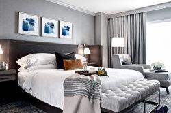 簡単な様式の休日の人々のための高級な厚遇の寝室の家具