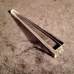 Prisme Saphir Bar triangulaire à angle droit pour l'instrument optique