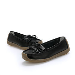 Trabajo enfermera antideslizante zapatos con lana blanca de cuero Zapatos de enfermería zuecos para las enfermeras y médico.