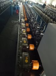 Rasterfeld der Endlosschrauben-Getriebe-volles automatisches Decken-T, das Maschinerie bildet