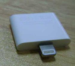 محوّل من البرق إلى 30 سنًا لجهاز iPad 4/iPad Mini