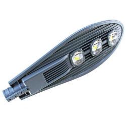 مصباح الطريق LED الخارجي عالي القدرة IP65 بقدرة 150 واط مع مصباح LED في الشارع