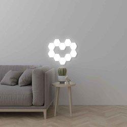 Moderne DIY Kleurrijke 10PCS plaatste de Magnetische Opgezette Lamp van de Muur Binnen Slimme Assemblage QuantumHoningraat Aanraking het Gevoelige LEIDENE Licht van de Nacht