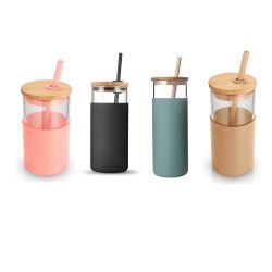 BPA-freie Silikon Schutzhülle Glas Trinkflasche Glasbehälter Wasser mit Bambusdeckel und Stroh