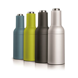2020 Novo populares sensação suave Elevadores eléctricos de sal e pimenta moedor moedor de vaso de gravidade com tampa de aço