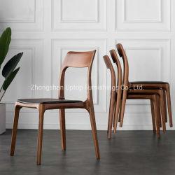 La sala da pranzo imposta le presidenze di legno del ristorante per il caffè (SP-EC166)