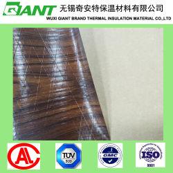 La lámina de madera con la superficie gráfica