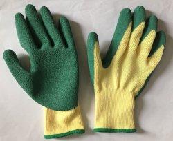 Le latex de feux de croisement des gants de travail