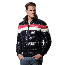 El invierno nuevo color de contraste brillante hombres Down Jacket Collar Outwear Casual Soporte caliente untar Parka