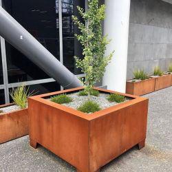 날씨 저항하는 거리 디자인 사각 Corten 재배자 상자