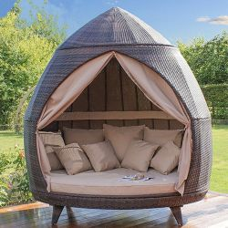 カーテンのテラスのChaiseのラウンジのSunbed取り外し可能な屋外のSofabedの庭の家具の天候抵抗力がある及び防水PEの多藤を持つ2人の日曜日のLounger