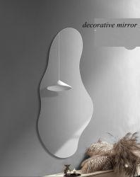 Onregelmatige moderne wanddecoratieve LED-cosmetische spiegel over de hele lengte