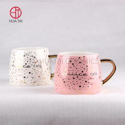 Design creativo di fabbrica di alta qualità goffrato placcato oro Maniglia tazza di caffè in ceramica