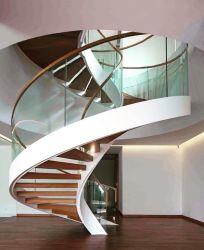 Современные изогнутой деревянной жилой стальные лестницы LED лестницы с Сделано в Китае на заводе