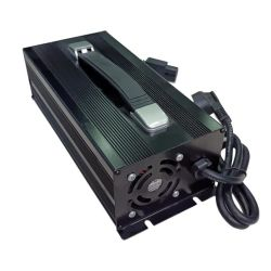 1100 W 67,2 V 15 a / 84 V 12 a / 105 V 10 a LiFePO4/NCA/Ncm Caricabatteria intelligente ad alta potenza controllato da programma per batterie al litio