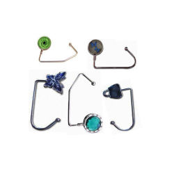 Kundenspezifisches Metallförderung-Geschenk-Einkaufstasche-Aufhängungs-Metallfaltender Blumen-Form Hangbag Beutel-Fonds-Haken (29)